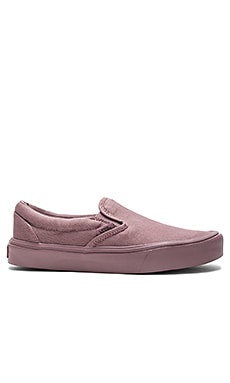 SNEAKERS SLIP-ON LITE