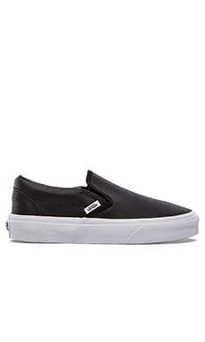 Vans Classic Slip-On Sneaker in Black