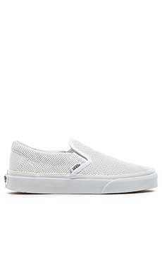 Classic Perforated Leather Slip On in Weiß