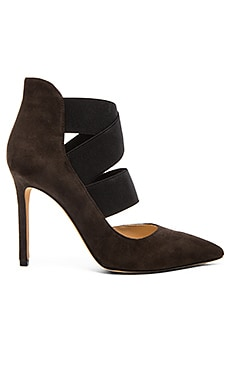 Vince Camuto Nigel Heel in Charcoal Grey & Black