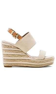 Vince Camuto Loran Wedge in Natural & Tan