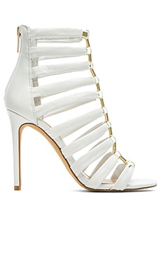 Vince Camuto Troy Heel in New Ivory