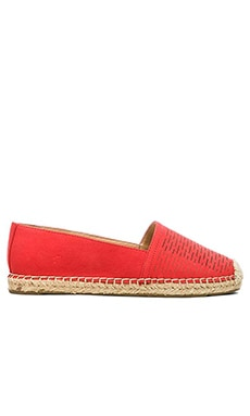 Vince Camuto Disti Loafer in Bittersweet Grapefruit