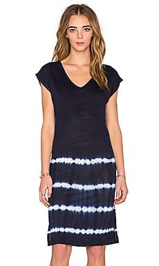 Alinda Tie Dye Stripe Linen Jersey T Shirt Dress in Navy