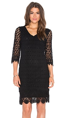 Gita Mixed Lace 3/4 Sleeve V-Neck Dress in Black