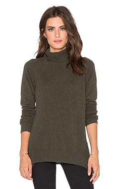 Velvet by Graham & Spencer Brawnie Cashmere Classic Turtleneck in Forest