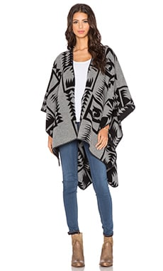 Camio Wool Poncho in Grey & Black