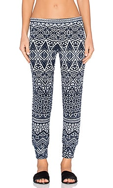 Velvet by Graham & Spencer Sumi Printed French Terry Jogger Pant in Navy & White