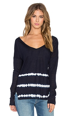 Velvet by Graham & Spencer Desre Tie Dye Stripe Linen Jersey Long Sleeve V Neck Top in Navy