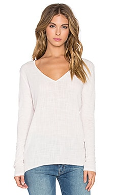 Velvet by Graham & Spencer Chanel Cotton Slub With Contrast Long Sleeve V Neck Top in Blush Pink