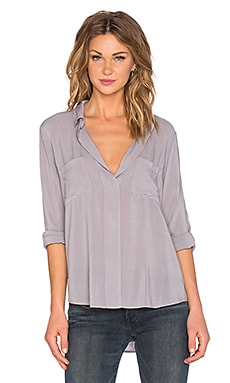 Davincia Rayon Challis Collared Long Sleeve Top en Kunzite