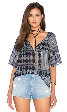 Velvet by Graham & Spencer Bellona Mali Gauze Print Top in Navy