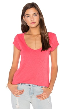 Velvet by Graham & Spencer Sumette Cotton Slub V Neck Tee in Flirty
