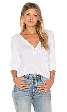 Ginny Long Sleeve Half Button Top en Blanco
