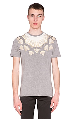 VERSACE Geometric Print Neck Tee in Grey & Multi