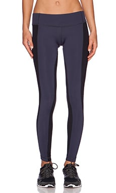 Vimmia Twist Pant in Night & Black
