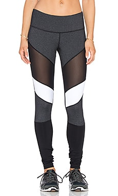 Vimmia Adagio Legging in Black & Charcoal
