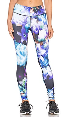 Vimmia Printed Core Legging in Stargazer
