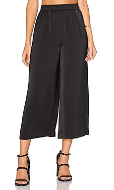 Wide Leg Crop Pant in Black