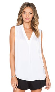 Vince Shirred Shoulder Top in Optic White