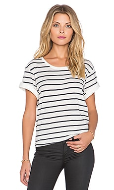 Vince Feeder Stripe Tee in Off White & Coastal