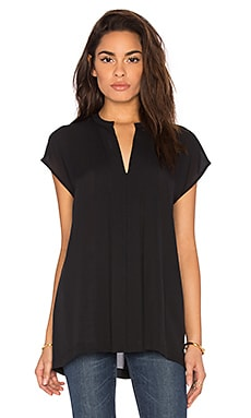 Short Sleeve Pintuck Popover Blouse in Black