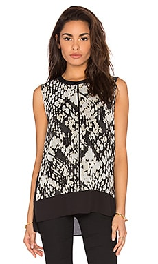 Vince Basketweave Print Double Layer Shell Top in Macadamia & Black