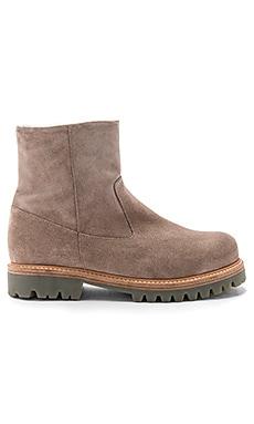 Frances Boot