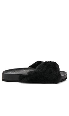 Garrison Sheep Fur Slide