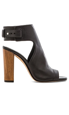Vince Addie Heel in Black