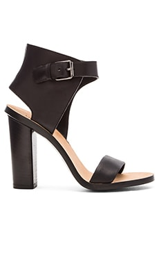 Vince Nicole Heel in Black
