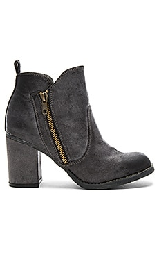 Eva Booties in Dark Grey