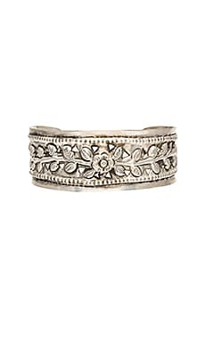 Vanessa Mooney The Louisa Cuff in Antique Silver