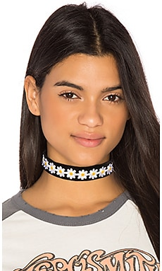 The Dazed Choker in Black