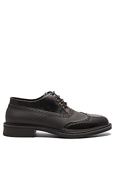 Vivienne Westwood Lace Up Brogue en Noir & Noir