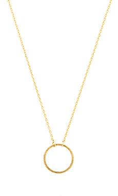 Wanderlust + Co Frame Circle Necklace in Gold
