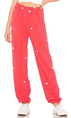 Фото - Спортивные брюки lovestruck - Wildfox Couture красного цвета