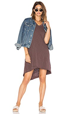 Slub V Neck Mock Hem Dress in Raisin