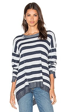 Slouchy Shifted Stripe Sweater en Baby Blue & Camp