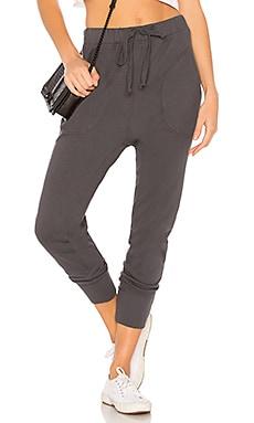 Купить Спортивные брюки - Wilt серого цвета