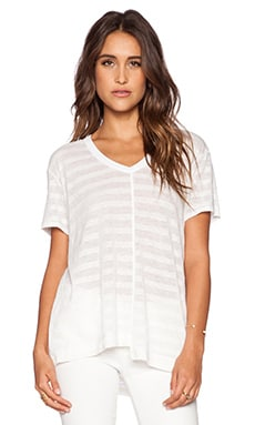 Wilt Shadow Stripe Linen Easy Shifted V Neck Tee in White