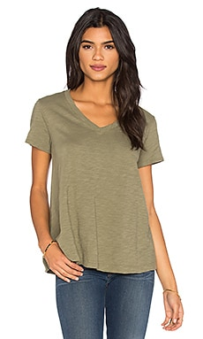 Wilt Slub Short Sleeve V Neck Trapeze Tee in Swampy