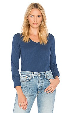 Shirttail Long Sleeve Top