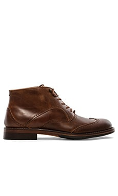 1000 Mile Wesley Wingtip Chukka in Tan