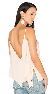 Cross Back Wrap Tank en Blush