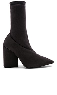 SEASON 7 STRETCH ANKLE ブーツ YEEZY $595