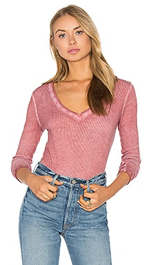 Deep V Tee in Rose