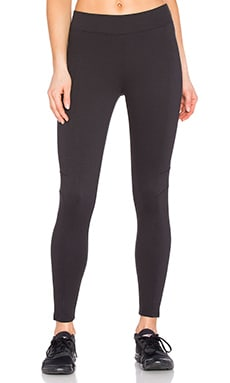 Yummie by Heather Thomson Canyon Skimmer Legging in Black