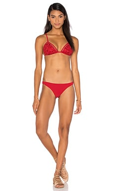 Roza Embroidered Bikini Set en Rouge