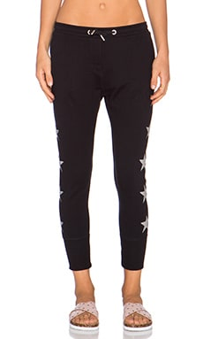 Zoe Karssen Stars Slim Fit Crop Sweatpant in Pirate Black